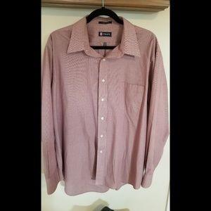 Mens button down Chaps dress shirt.